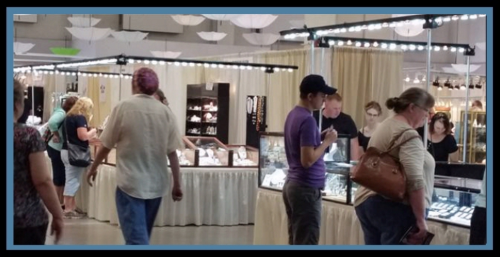 Trade Show Services, trade show vendor booth lighting, jewelry display lighting, mineral specimen display lighting, collection display lighting, affordable lighting, portable led lighting, show LED booth lighting
